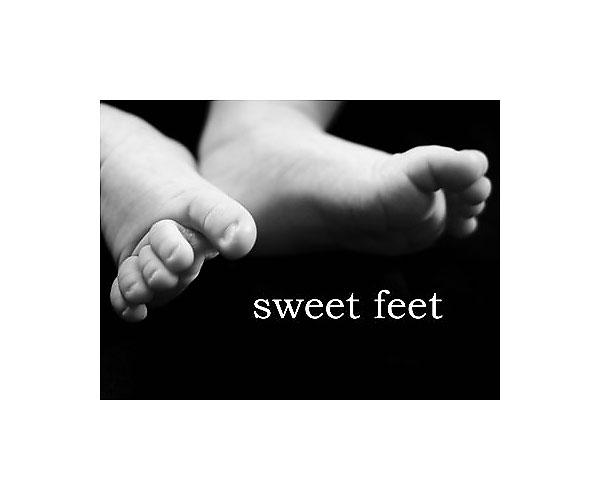 Sweet_feet_jpeg_small_cropplus_border